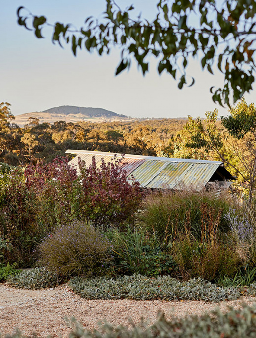 An Artist's Blissful Garden Wonderland In Daylesford